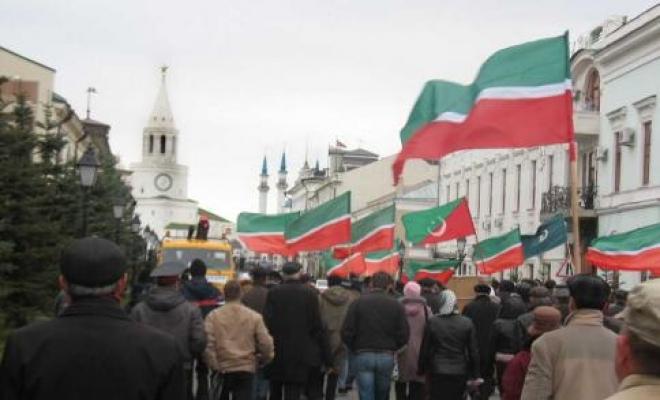 Новости  - В Татарстане проводят Съезд татарской молодежи и запрещают «Русские пробежки»