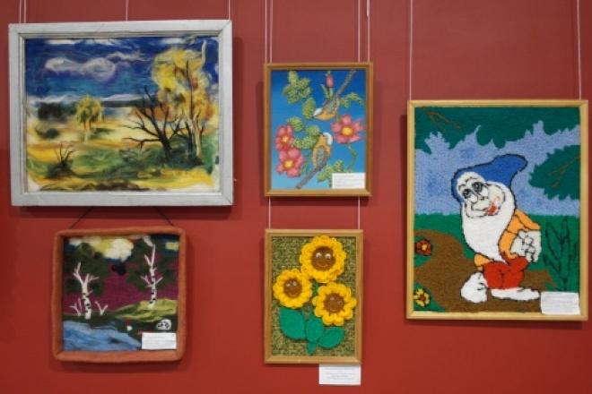 Сегодня в Кремле открывает выставка работ детей-сирот