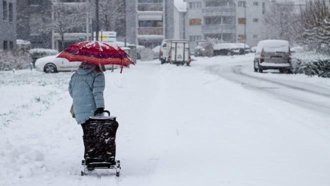 Жители Кировского и Московского районов Казани могут оставить заявки по уборке снега