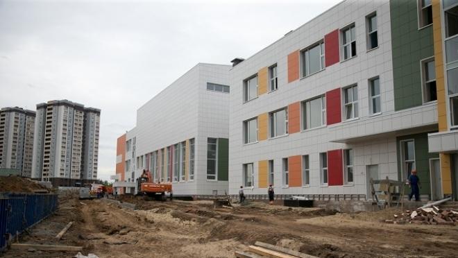 Новости  - Осенью откроется школа с бассейнами и радио-киностудией
