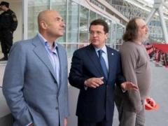 Новости  - Монтаж сцены Универсиады завершен, Игорь Крутой осмотрел сооружение