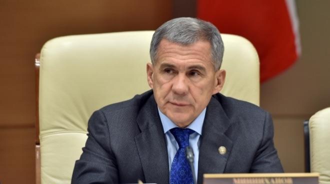 Минниханов будет контролировать доходы и расходы чиновников республики