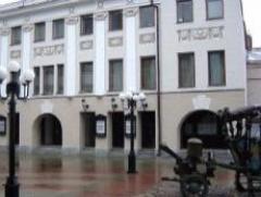 Новости  - Воспитанники Лаишевского детского дома побывали на представлении в Качаловском театре